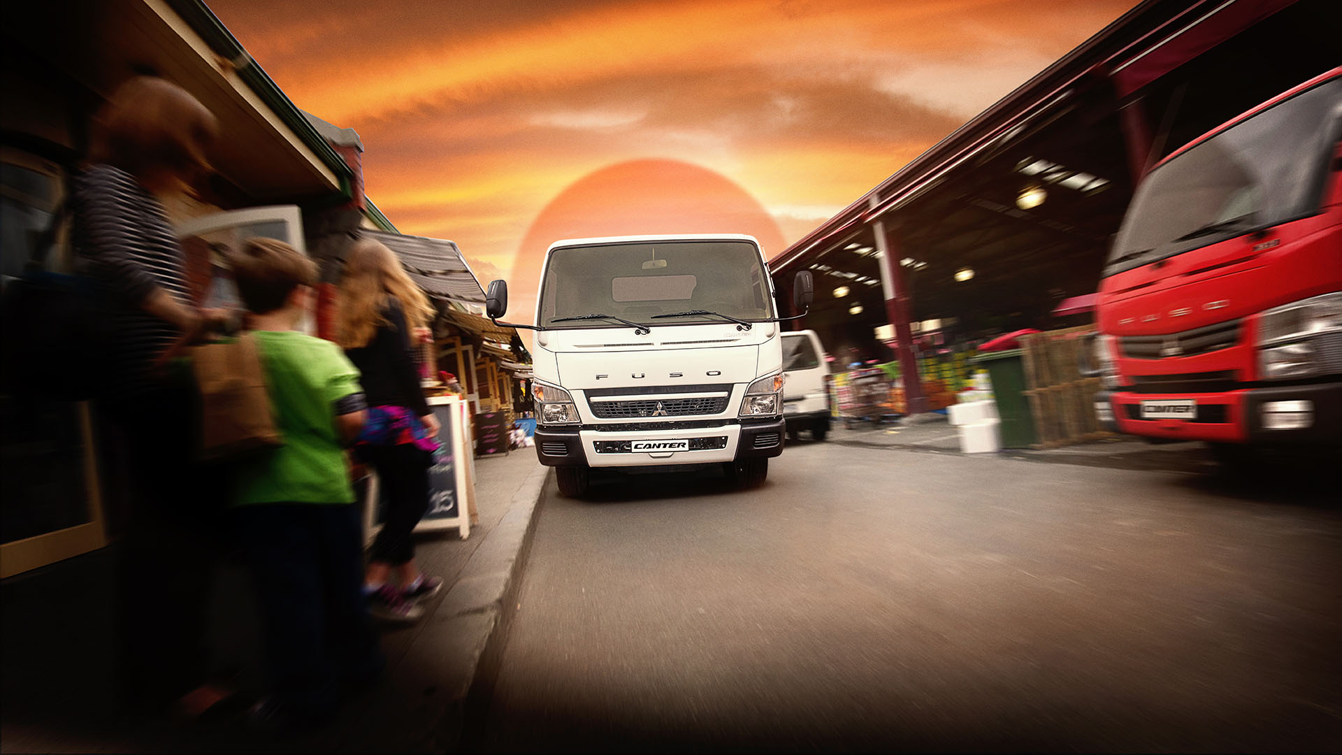 Fuso Canter (2011), dynamic driving photo